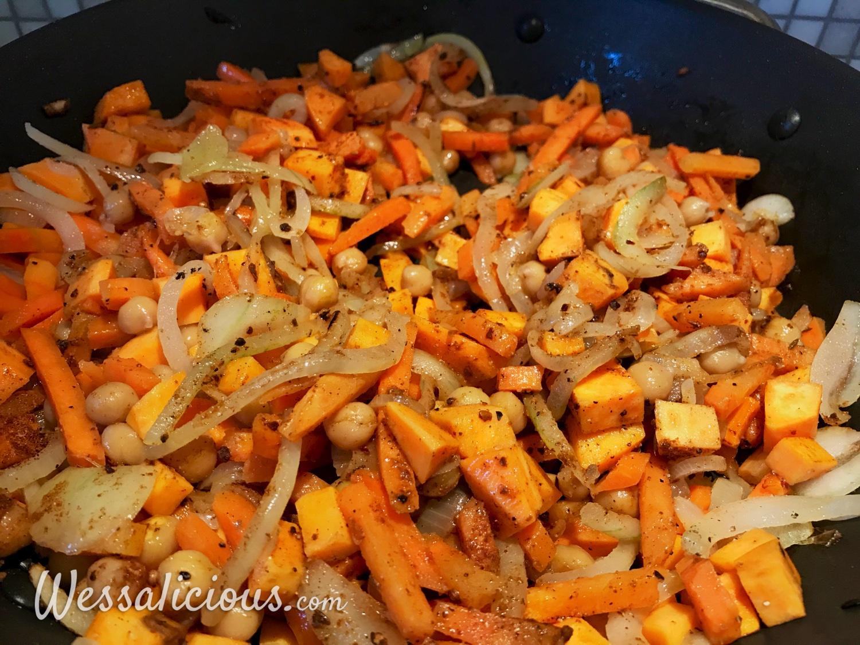 voorbereiding Shakshuka met zoete aardappel