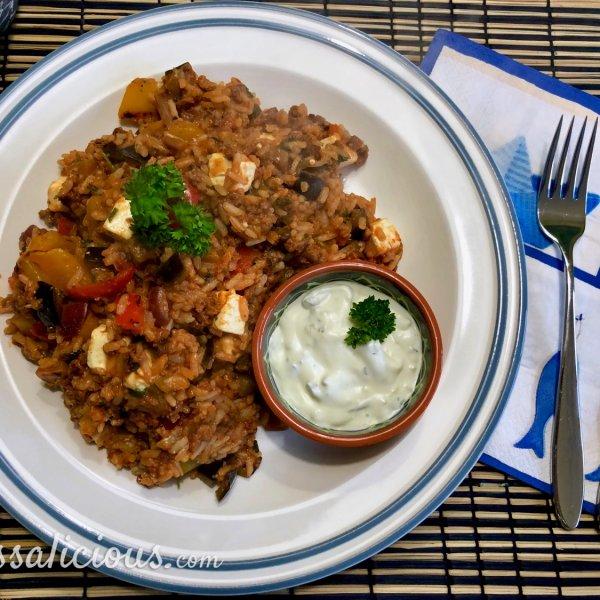 Griekse rijstschotel met feta