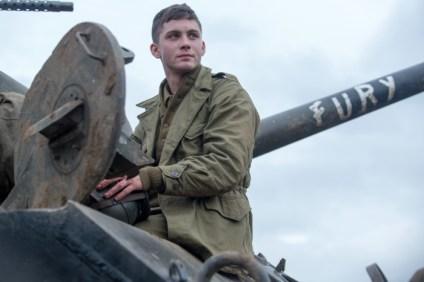 Neuankömmling Norman (Logan Lerman) hat noch nie auf einen Menschen geschossen. Um in Wardaddys Team aufgenommen zu werden, muss er seine Grenzen überwinden.