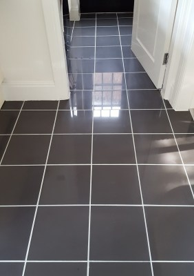 Kitchen tiles after cleaning and grout recolour in Warrington