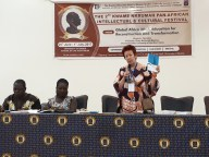 For the performance of the Nkrumah Volume, the honorary to seat of the last panel had been allocated to us in the Main Auditorium right before the final event. The contribution of Ntewusu, who discussed the failure of Nkrumah's policy in northern Ghana was discussed in detail in the plenum. The measures were compared with Burkina Faso. Mary Owusu presented her Article which she co-authored with Prof. Kwame Osei Kwarteng (both University of Cape Coast), on the emergence and protagonists of the protests against Nkrumah. On this picture: Samuel Aniegye Ntewusu (University of Ghana, Legon), Mary Owusu (University of Cape Coast) Bea Lundt (Free University of Berlin) l Foto: Nina Paarmann