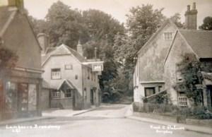 23lambourn-chemist-the-wheelwrights