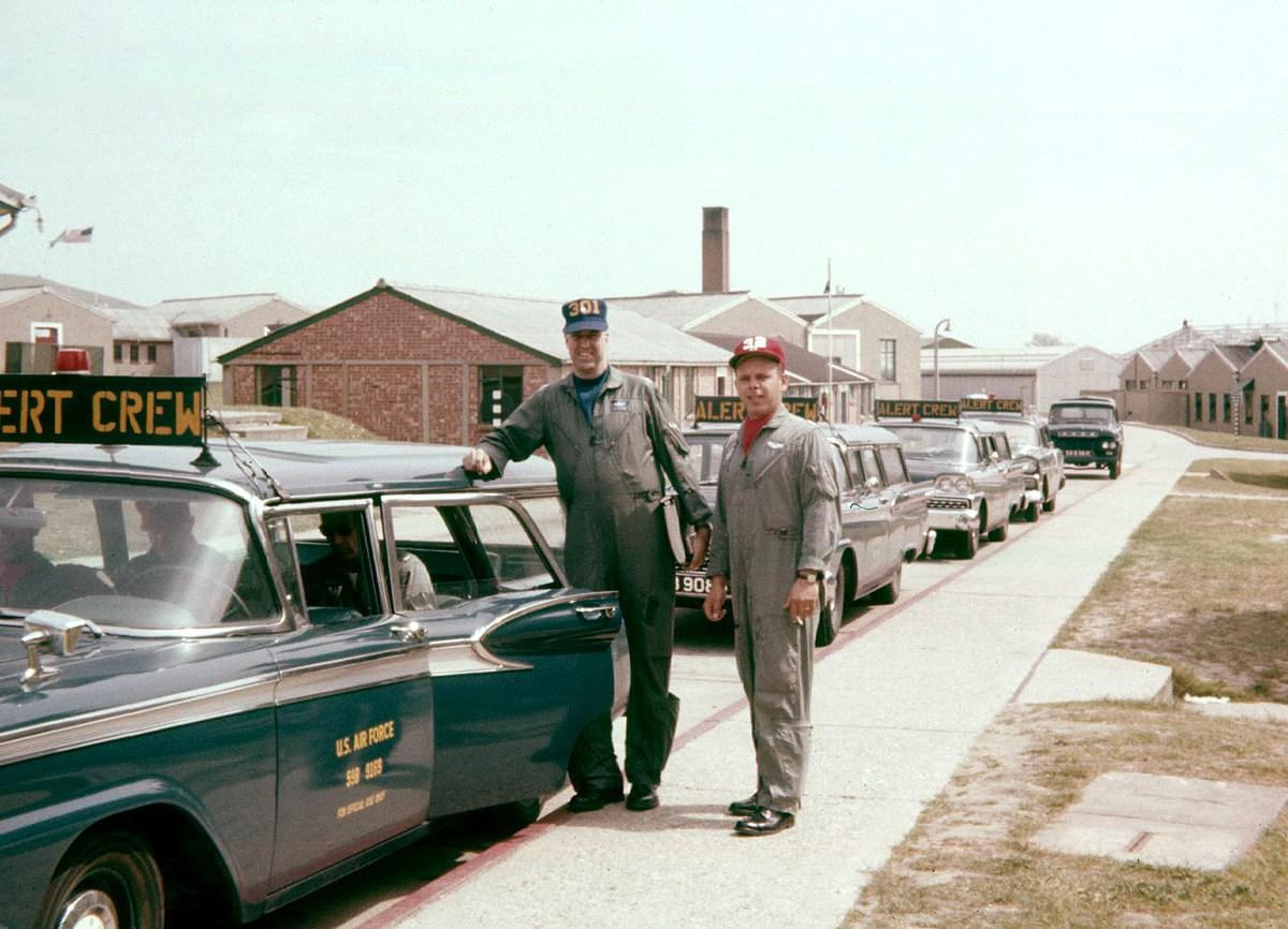 Alert cars 1960