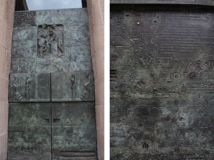 sagrada familia door & detail
