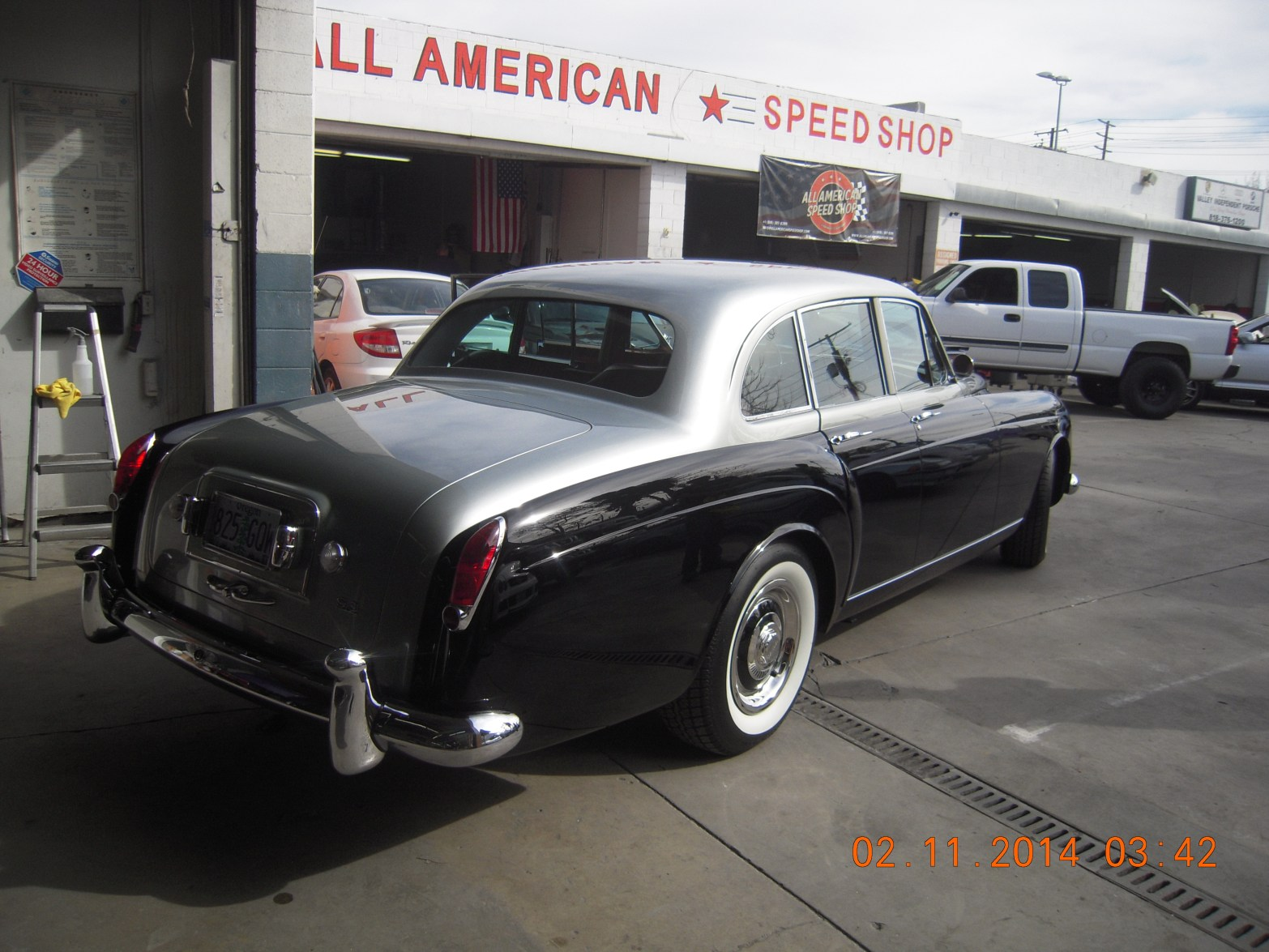 west-coast-body-and-paint-1953-bentley-continental-flying-spur-10