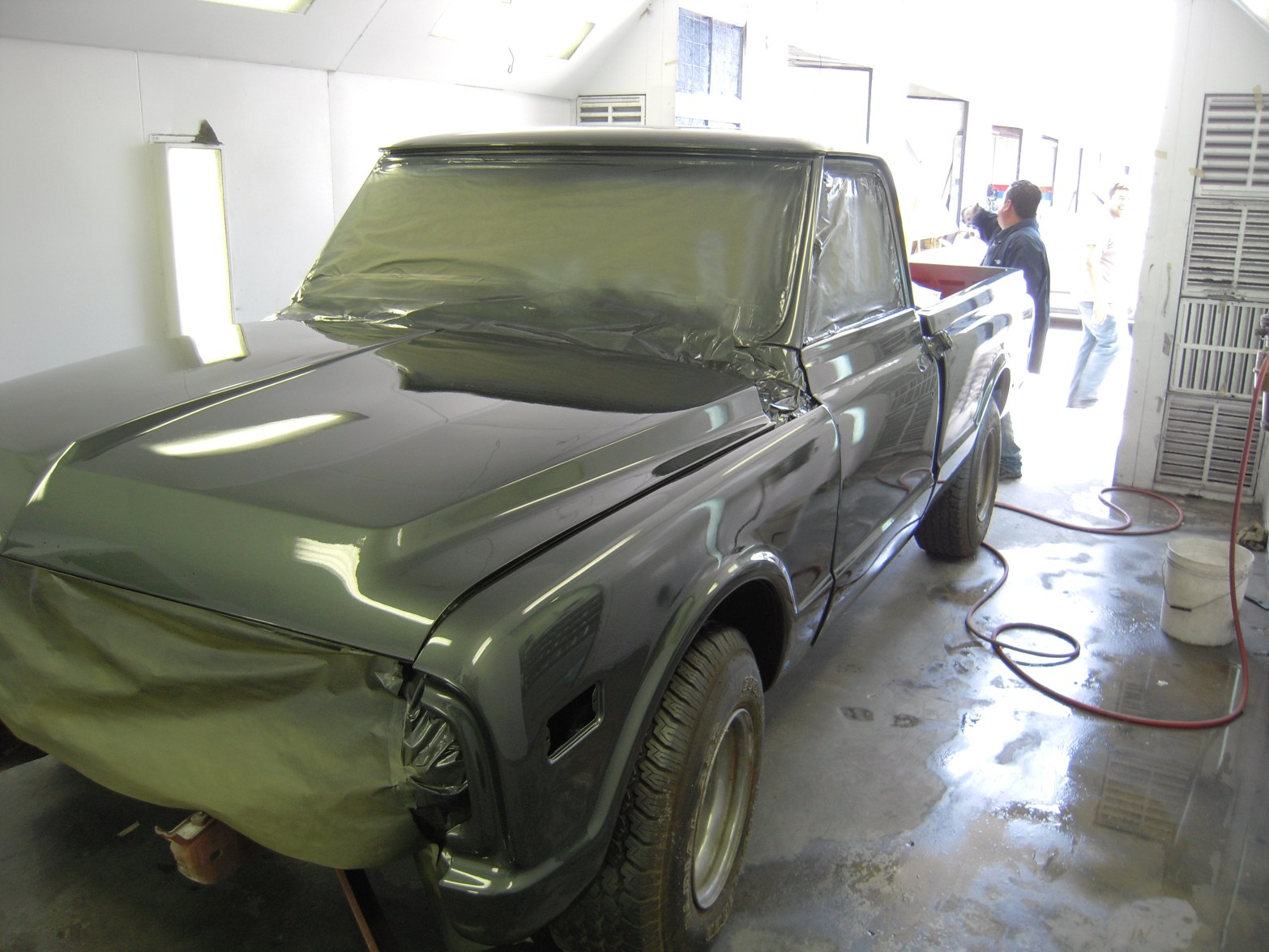 west-coast-body-and-paint-1972-chevy-c10-5