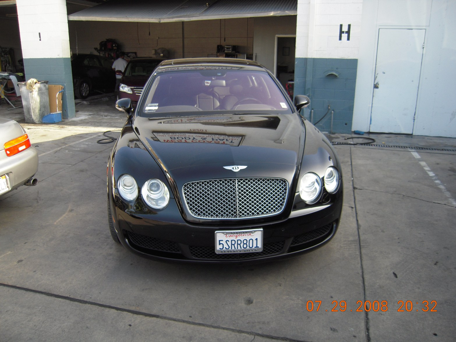 west-coast-body-and-paint-black-bentley-5