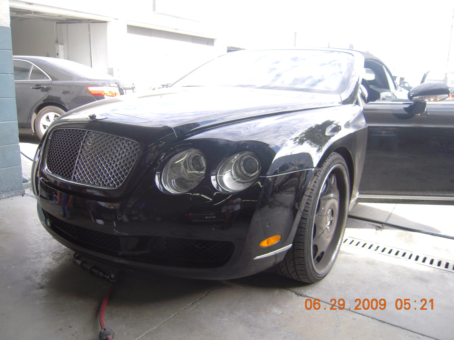 west-coast-body-and-paint-black-bentley-8
