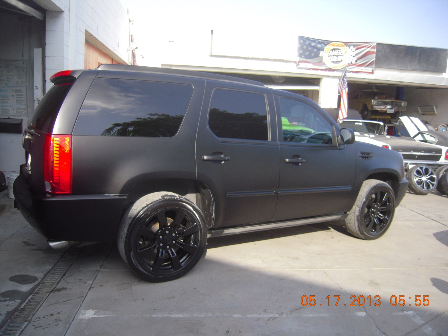 west-coast-body-and-paint-flat-black-2008-escalade-22