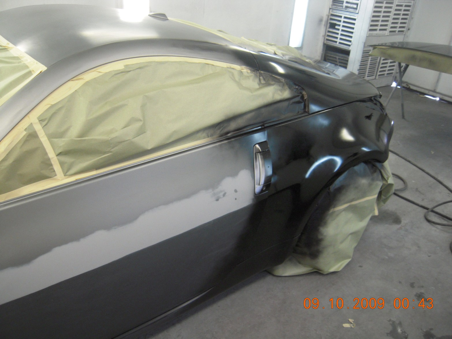 west-coast-body-and-paint-flat-black-nissan-350z-8