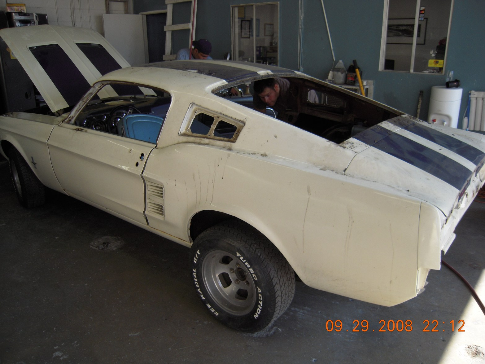 west-coast-body-and-paint-mustang-fastback-3
