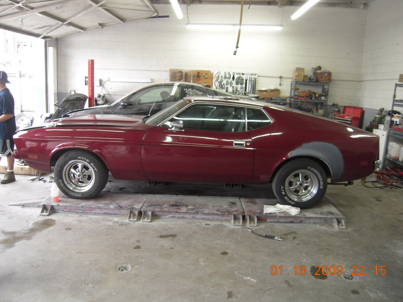 west-coast-body-and-paint-red-1972-mustang-fastback-1