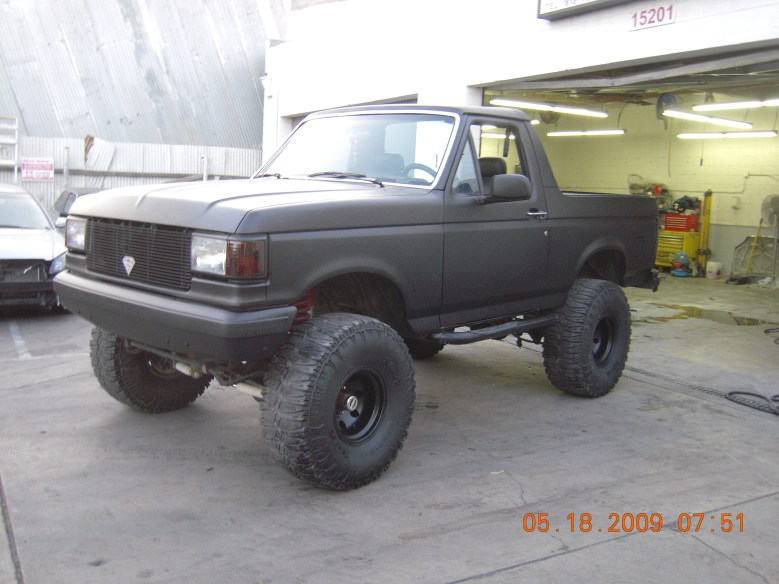 West-Coast-Body-And-Paint-Flat-Black-Bronco (10)