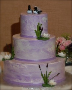 "Are brides ""loony"" to pay thousands of dollars for showcase cakes?  Andy thinks so!"