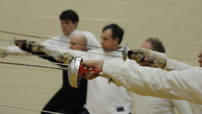 What is the Beginners Fencing Course?
