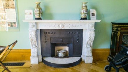 Hylands House - Saloon - fireplace with Vases (7)