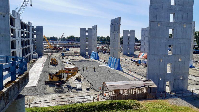 Vancouver cancels construction
