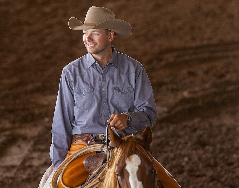 本Baldus微笑着马背上的舞台