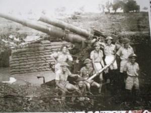 Darwin anti aircraft crew