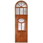 Historische Tür mit Rundbogen und großflächigen Glaselementen
