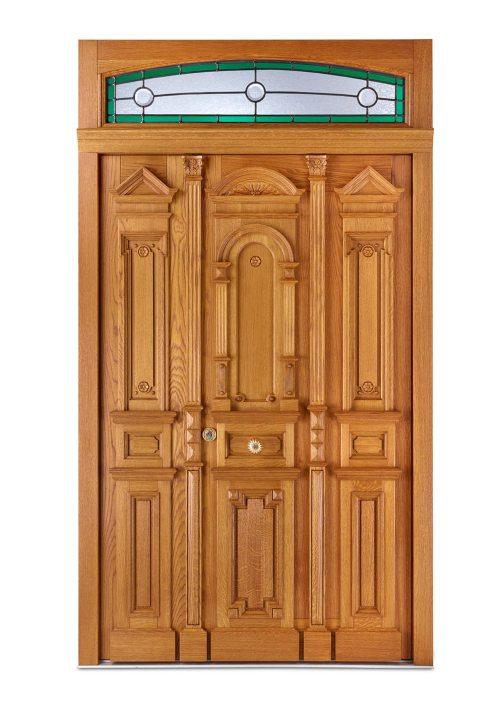 Historisch inspirierter, Individueller Entwurf mit detailreichen Schnitzereien – Westerwald-Haustüren Löhr