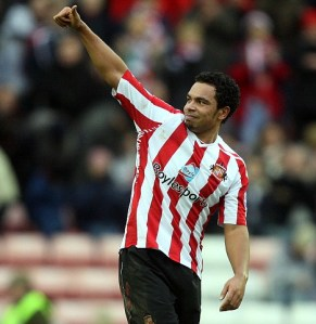 Hammers Close On Kieran Richardson