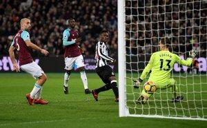 West Ham v Newcastle 2017 player ratings- Arnautovic and Masuaku shine