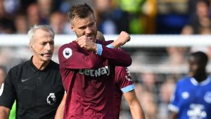 Arnautovic-less West Ham break Chelsea's 100% record