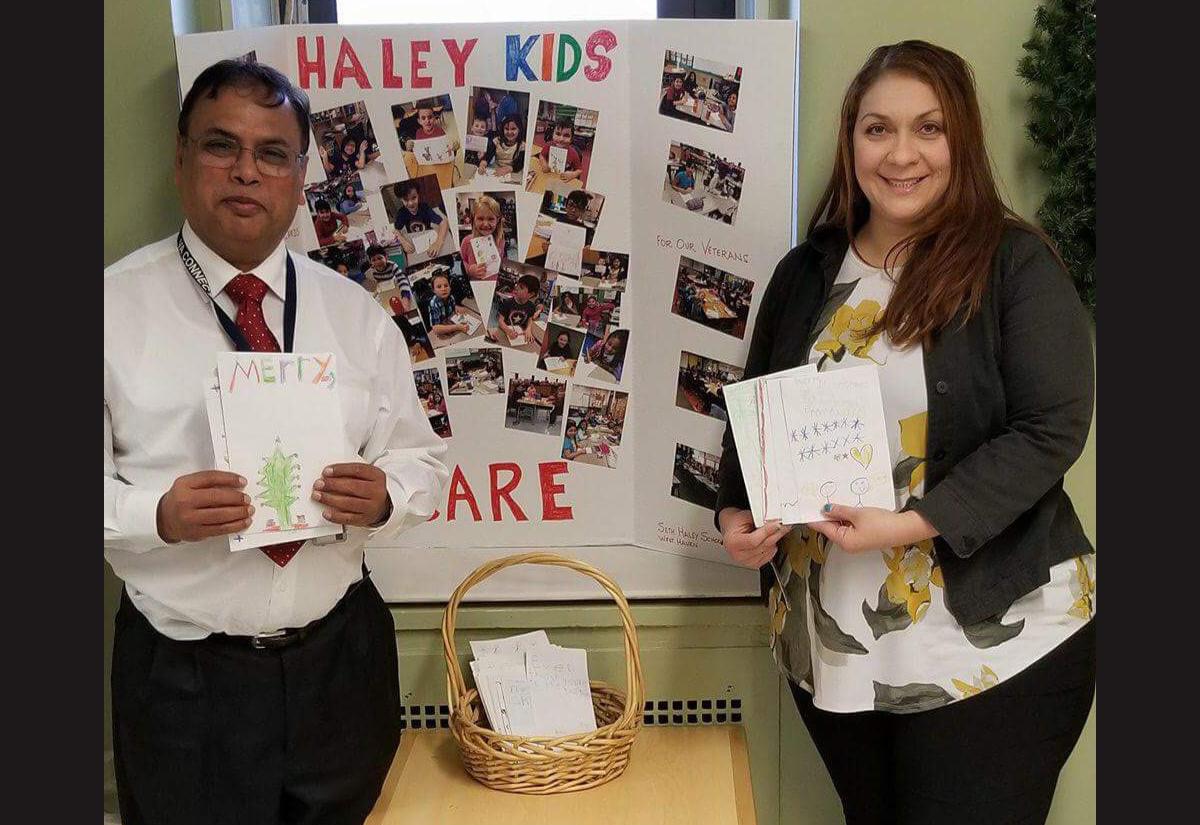 Haley students make holidays joyful for vets