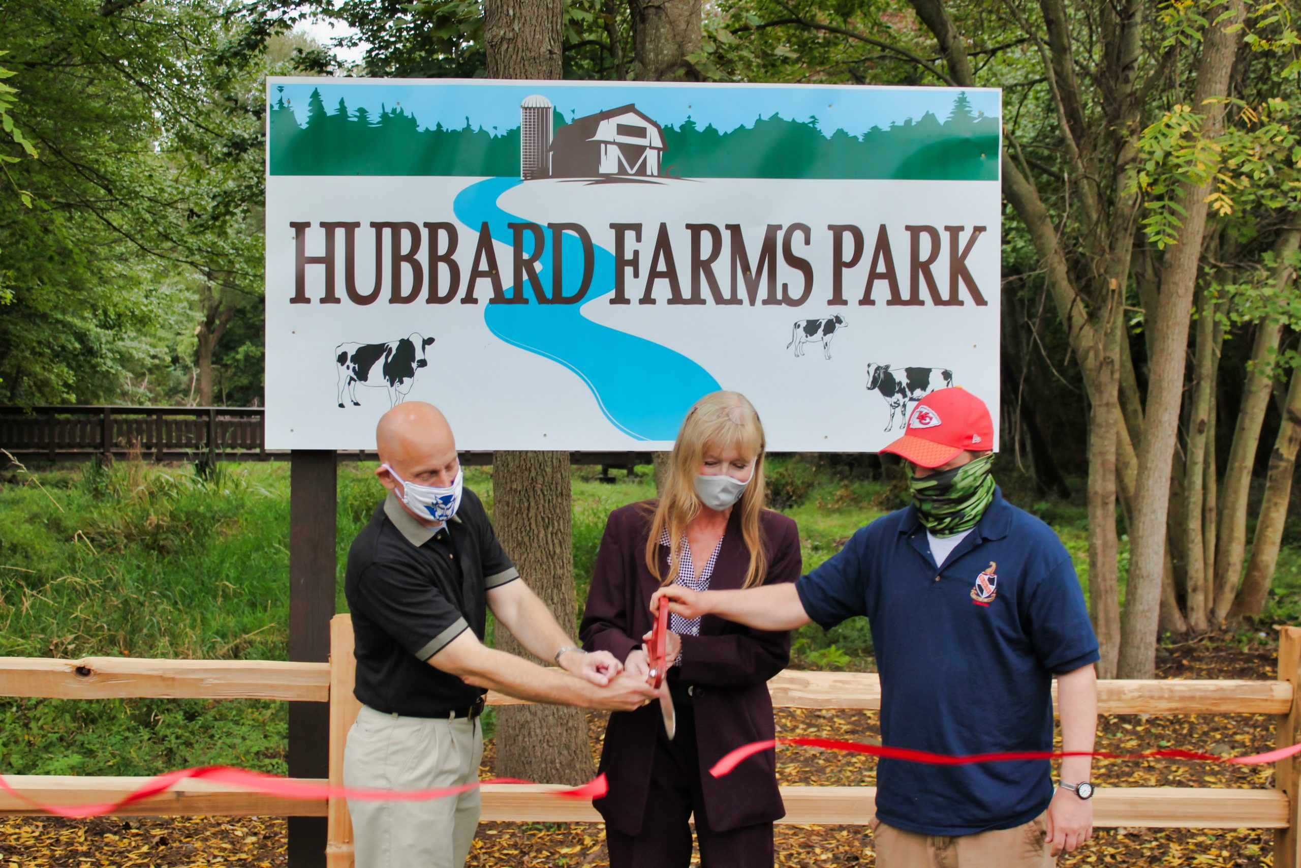 Ribbon cutting reopens city park