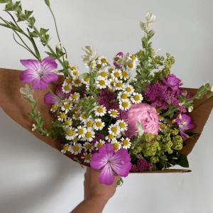 Agrostemma feverfew peony pink small bouquet