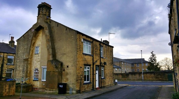 back to back housing farsley