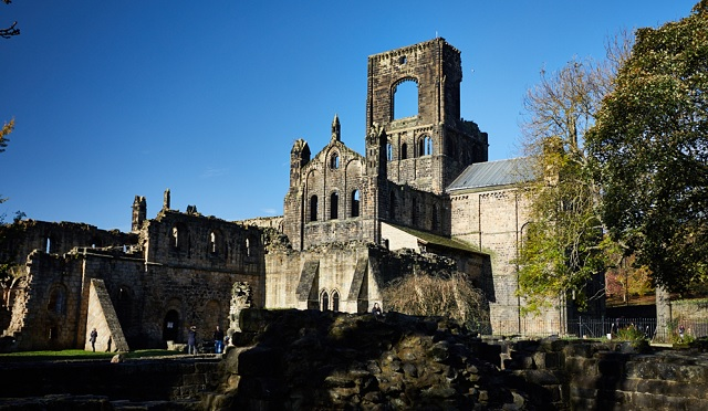 Free family festive fun at Kirkstall Abbey