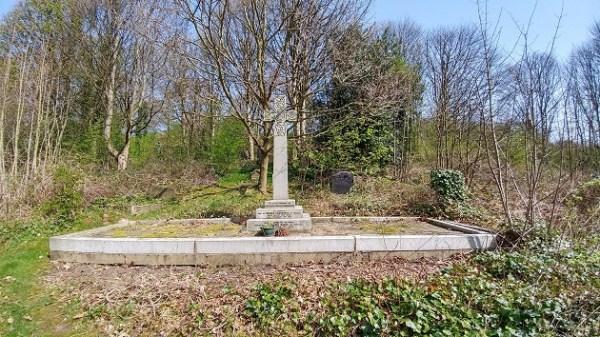 coal hill lane cemetery 2