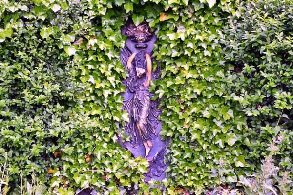 Armley Park Glazed terracotta plaque 1