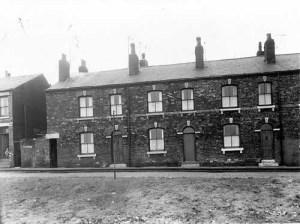 12 Ingleby Street middle house