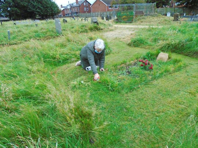 Poor weather can't deter Bramley war grave clean-up volunteers