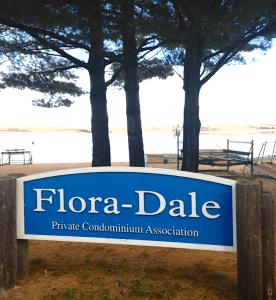 Flora-Dale-Beach-1