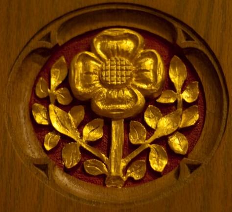 chapel-gilded-flower