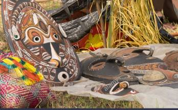 6 Best Traditional Papuan Souvenirs to Bring Back Home