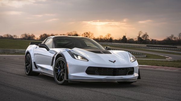 1st Chevrolet Corvette Carbon 65 Will Be Auctioned Off For Veterans