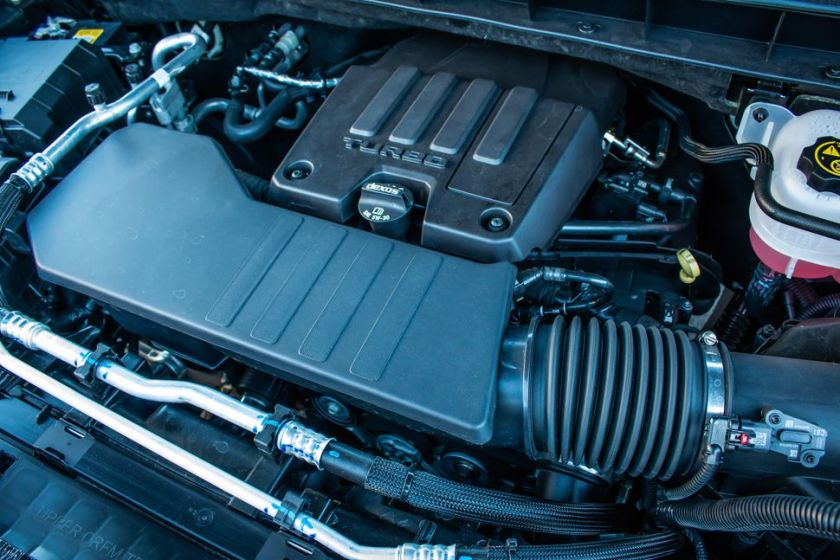 Silverado 4 cylinder engine picture