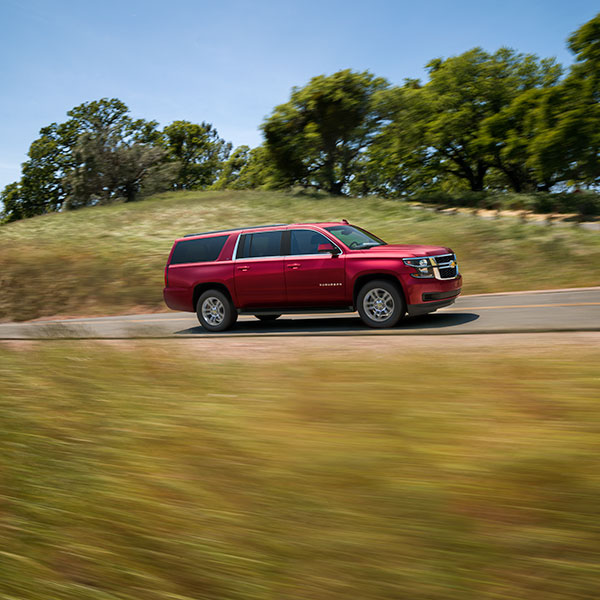 How much does it cost to fill the gas tank of a 2019 Chevrolet Suburban?