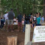 Fams Find Fun at Earthplace Fall Fest