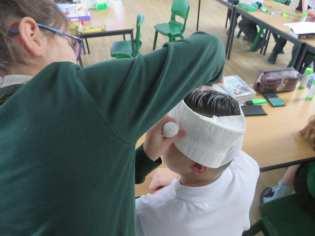 Y6 learn basic first aid