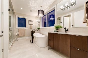 516 35a st 38 Master Bathroom