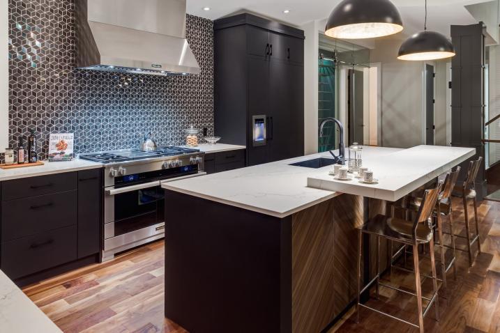 Silverhorn 06 Kitchen