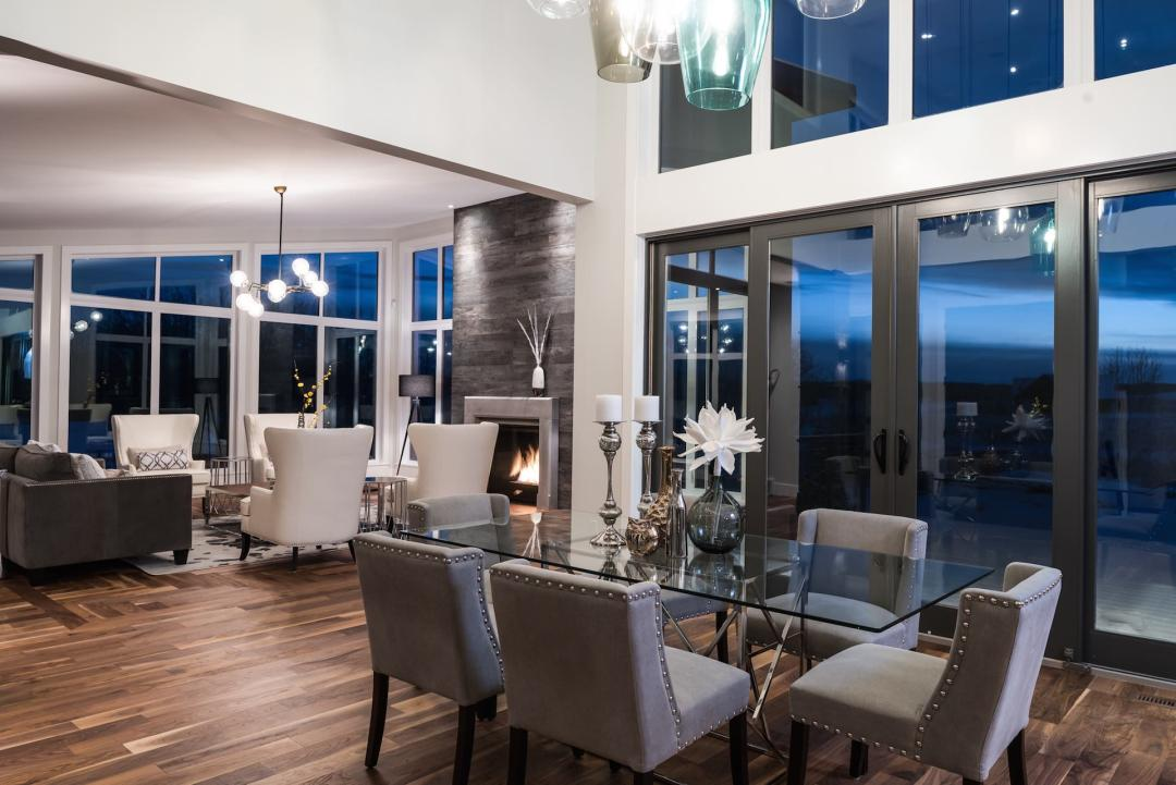 Custom Home Builder in Calgary - Silverhorn 32 Living Space
