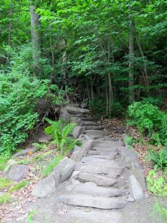 West River Trail, Riverstone Preserve