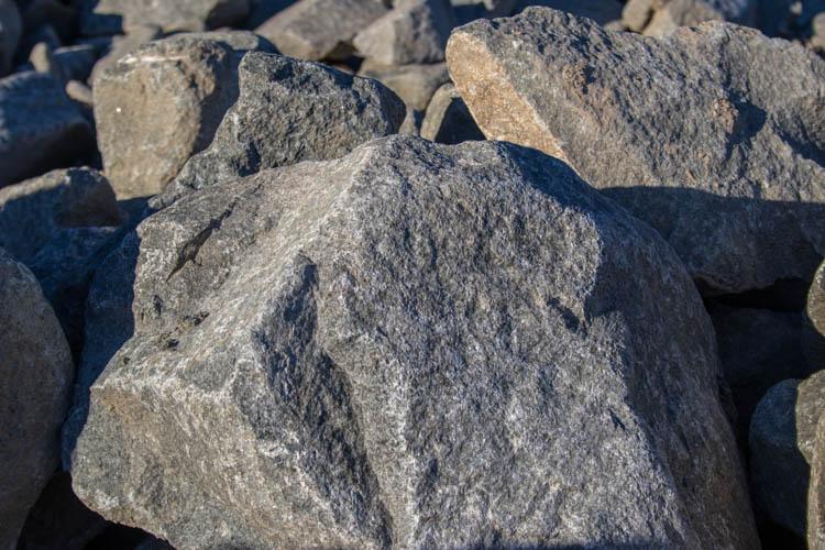 Basalt Amp Granite Rockery Stone Seattle Delivery